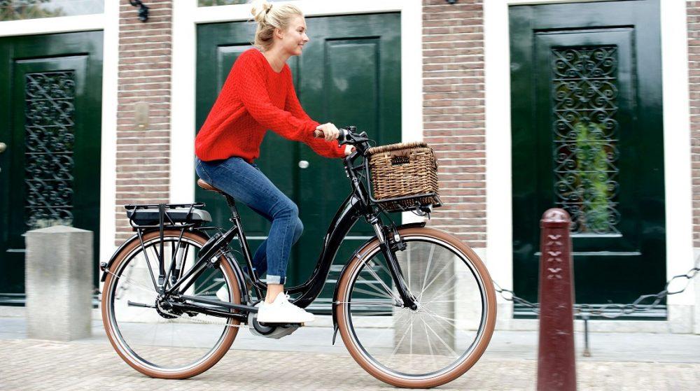 Die Vorteile eines e-Bikes oder Pedelecs überzeugen in jeder Situation, beim Pendeln, auf e-Bike-Touren oder beim Einkaufen mit dem Elektrofahrrad.