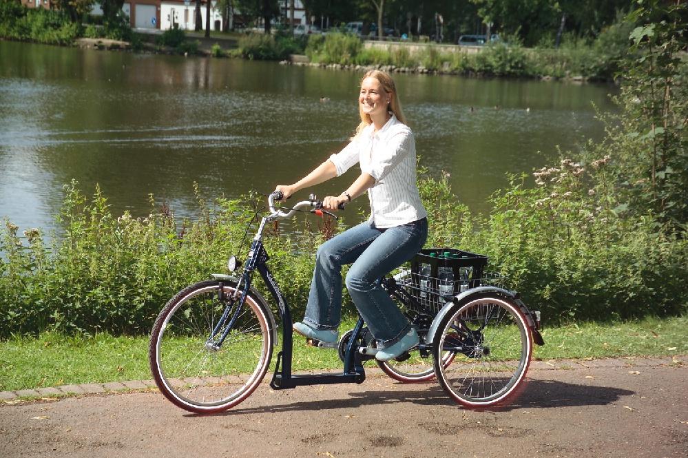 Das Classic von Pfau Tec ist ein Dreirad für Erwachsene, das sich durch seine grosse Ladefläche und den extrem tiefen Einstieg auszeichnet.